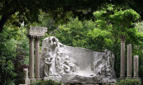 Fontaine Le Rêve du poète (8e arr)