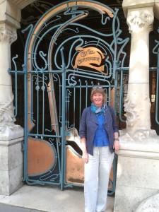 Ellès in Paris 4