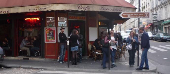 bar-au-clair-de-lune-(18e-arrondissement)-2