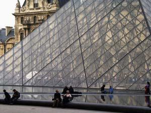 louvrepyramide