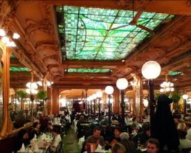 Parijse Restaurants met kerst